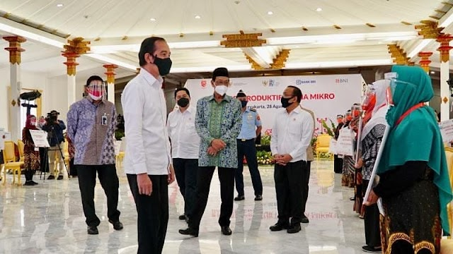 Jokowi : Kalau Rp 2,4 Juta Masih Kurang, Minta Tambah ke Bank, tetapi Pinjam