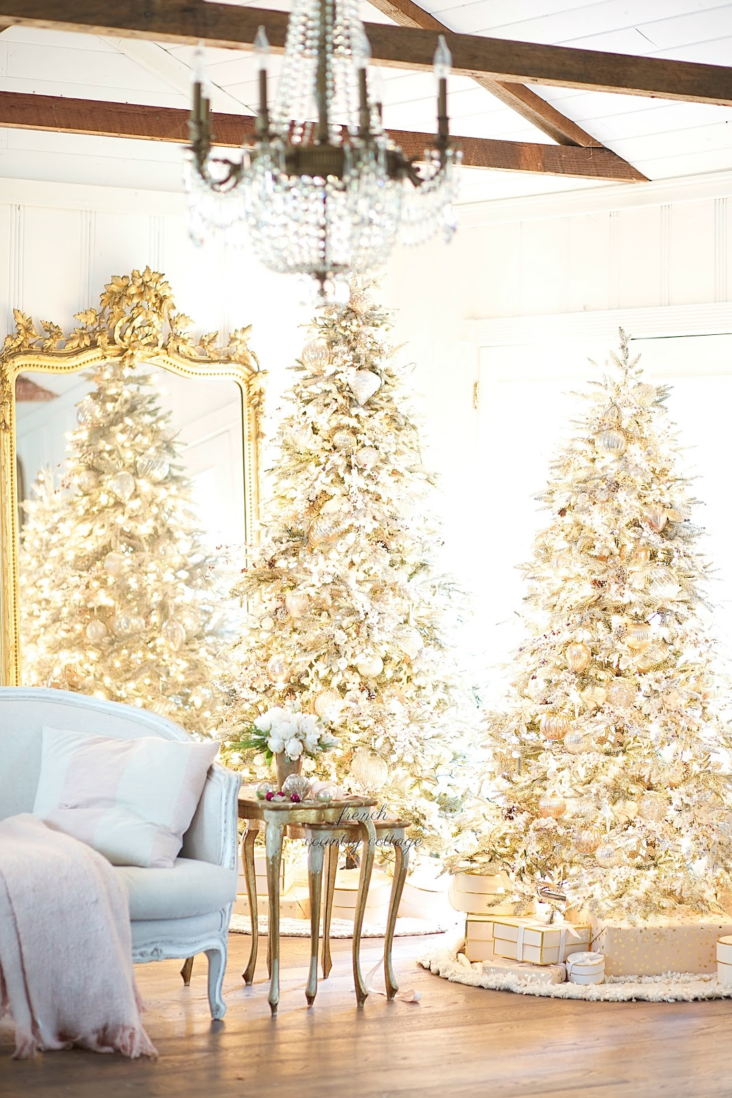 Merry & Bright~ My favorite Frosted Fir Christmas tree - FRENCH ...