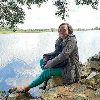 Tepian danau seran banjarbaru