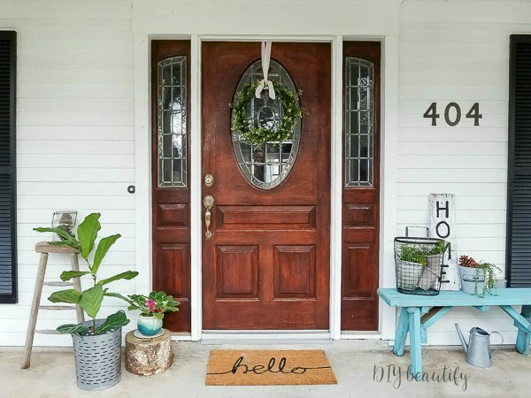 welcoming front porch Spring decor