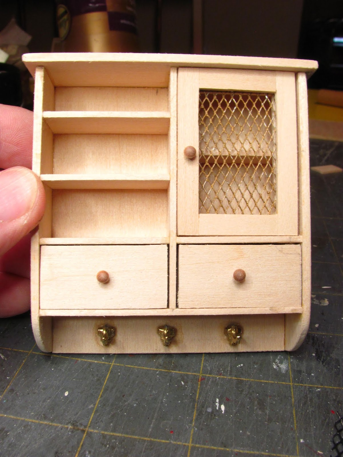 Dollhouse Miniature Furniture - Tutorials | 1 inch minis: 1 INCH