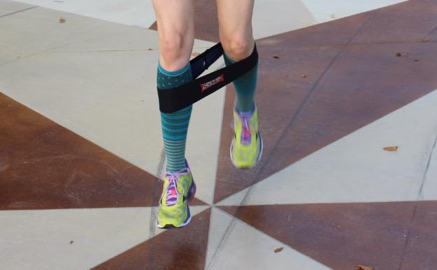 glutes hips exercises band resistance jump plyometrics