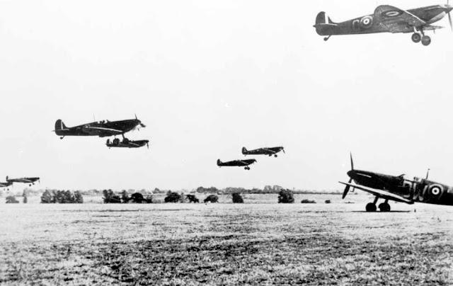 4 September 1940 worldwartwo.filminspector.com Spitfires RAF Hornchurch