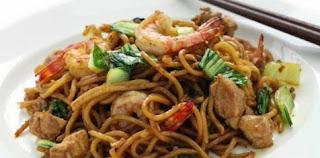 Resep Cara Membuat Mie Goreng Seafood Spesial
