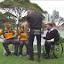 Κι όμως το έκανε! Φόρεσε μαγιό πάνω από το παντελόνι του και έγραψε ιστορία στην Αυστραλία (video)