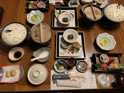 山木館の夕食