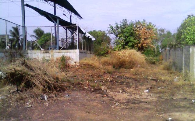 comunidad-y-asoblomurp-rescatan-cancha-deportiva-del-sector-canada-larga-de-la-villa