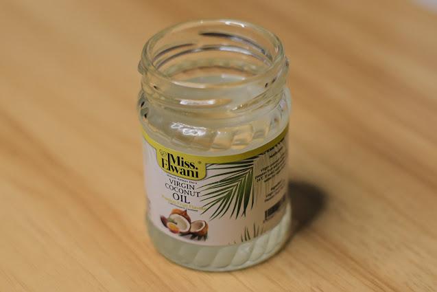 Minyak Kelapa Dara Miss Elwani Baik Untuk KecantikanMinyak Kelapa Dara Miss Elwani Baik Untuk Kecantikan