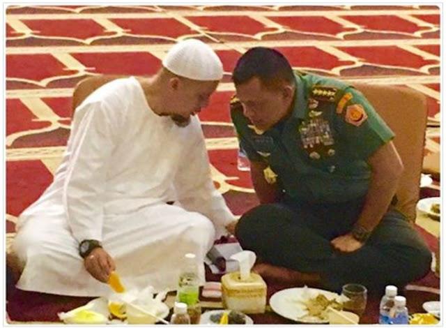 Ustadz Arifin Ilham bersama Panglima TNI Gatot Nurmantyo