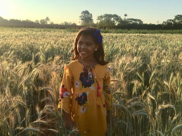 'Preciosa Graça': veja o primeiro clipe de Sophia Vitória