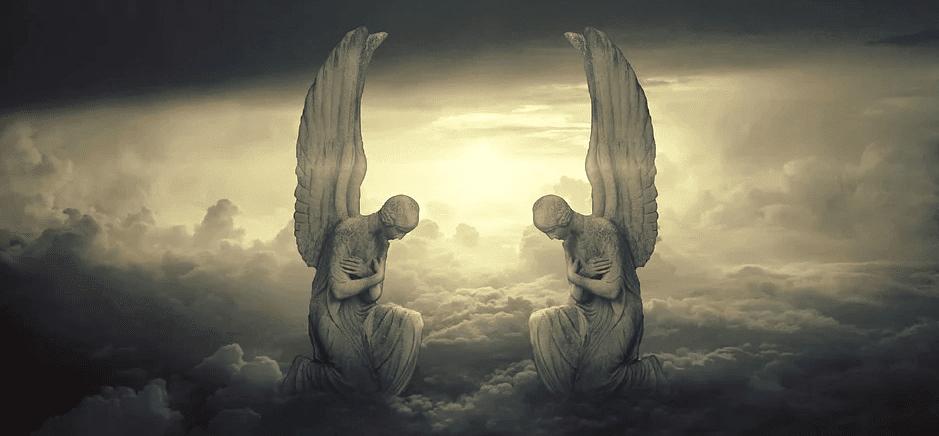 Para Malaikat Sujud Kepada Nabi Adam