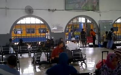 Gambar Stasiun Pasar Senen