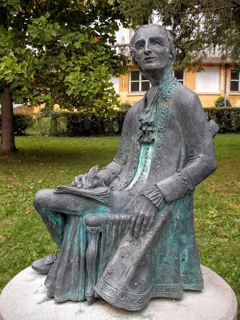 Statue of Lorenzo da Ponte, Ceneda