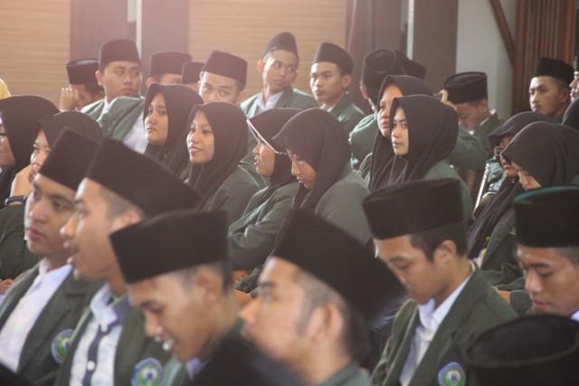 Puluhan Mahasiswa STAI Al Anwar Ikuti KKN