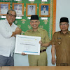 Bupati Kerinci Adirozal Terima Penghargaan dari PLN