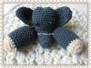 elephant snuggle, blanket