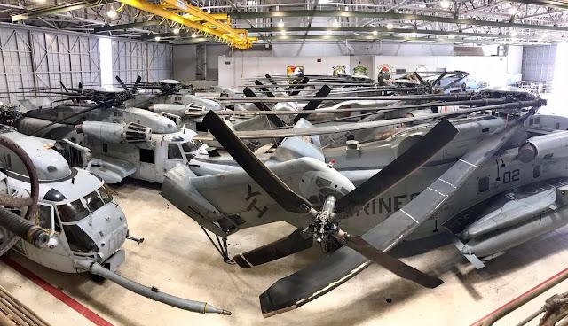 CH-53 được chuyển đến nhà chứa Phi Cơ