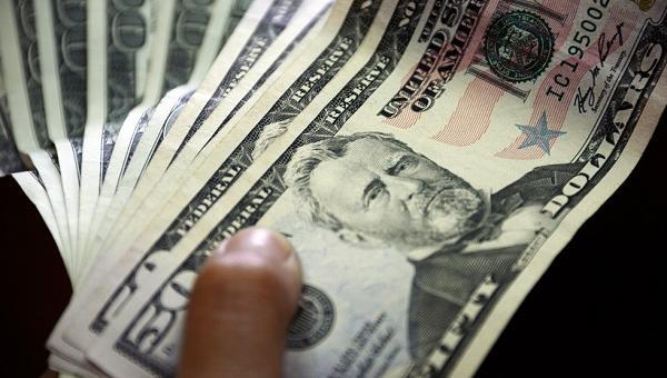 Dólar paralelo inició el año 2018 superando los Bs. 128.000 en Venezuela