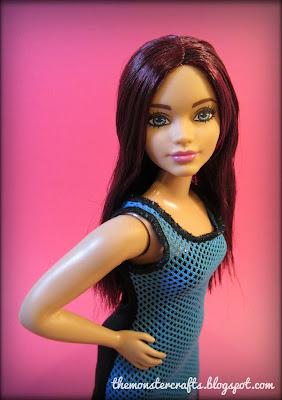 Barbie Fashionistas Curvy So Sporty Joy