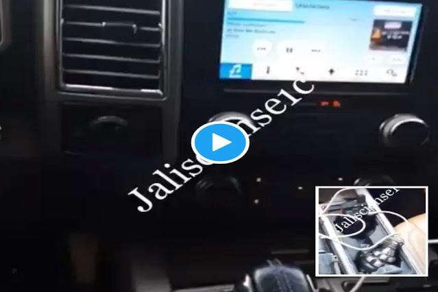 VIDEO-. Cárteles Unidos los enemigos del CJNG muestran granadas mientras recorren calles en busca de Sicarios