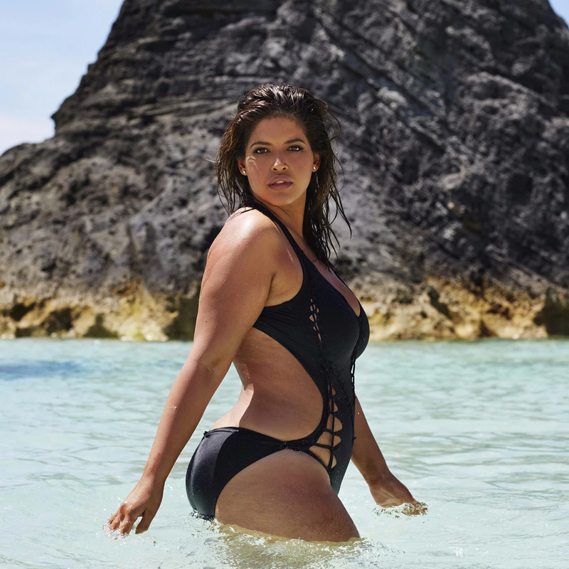 30 Plus-size Models Challenging The Industry