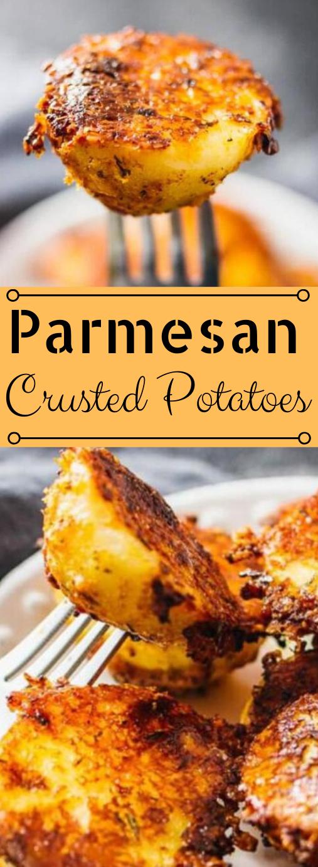 EXTRA CRISPY PARMESAN CRUSTED POTATOES #vegetarian #parmesan #crispy #potatoes #cauliflower