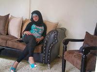 عندي أختي مطلقة بولد عمرها 27 سنة من الجزائر.أبحث لها على رجل ذا خلق