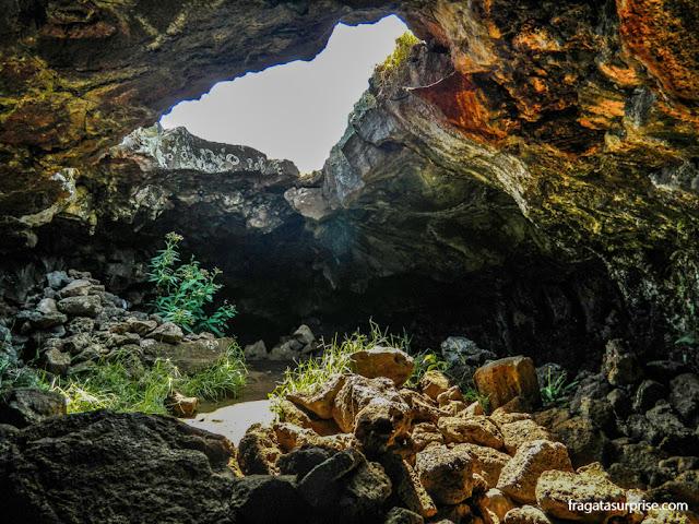 Complexo de cavernas Ana Te Pahu, na Ilha de Páscoa