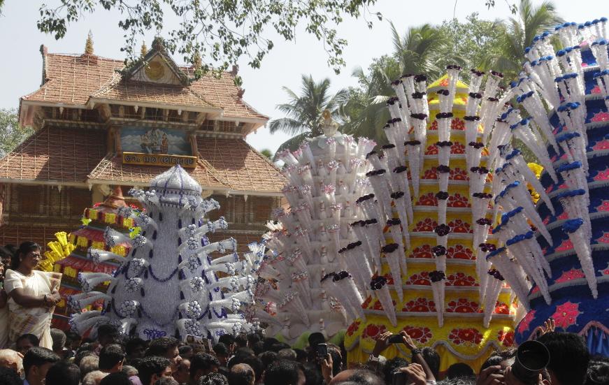 Festival kerala thrissur Kavadis