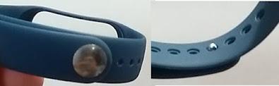 Foto de uma pulseira com uma peça recém adaptada.