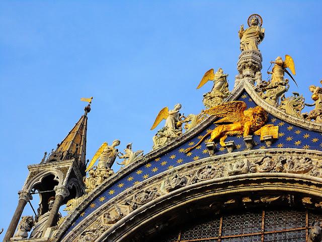 Bazilika Svatého Marka, pozlacený lev, Benátky