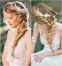 Cài tóc cô dâu cho mái tóc tết xương cá đẹp hút hồn 1