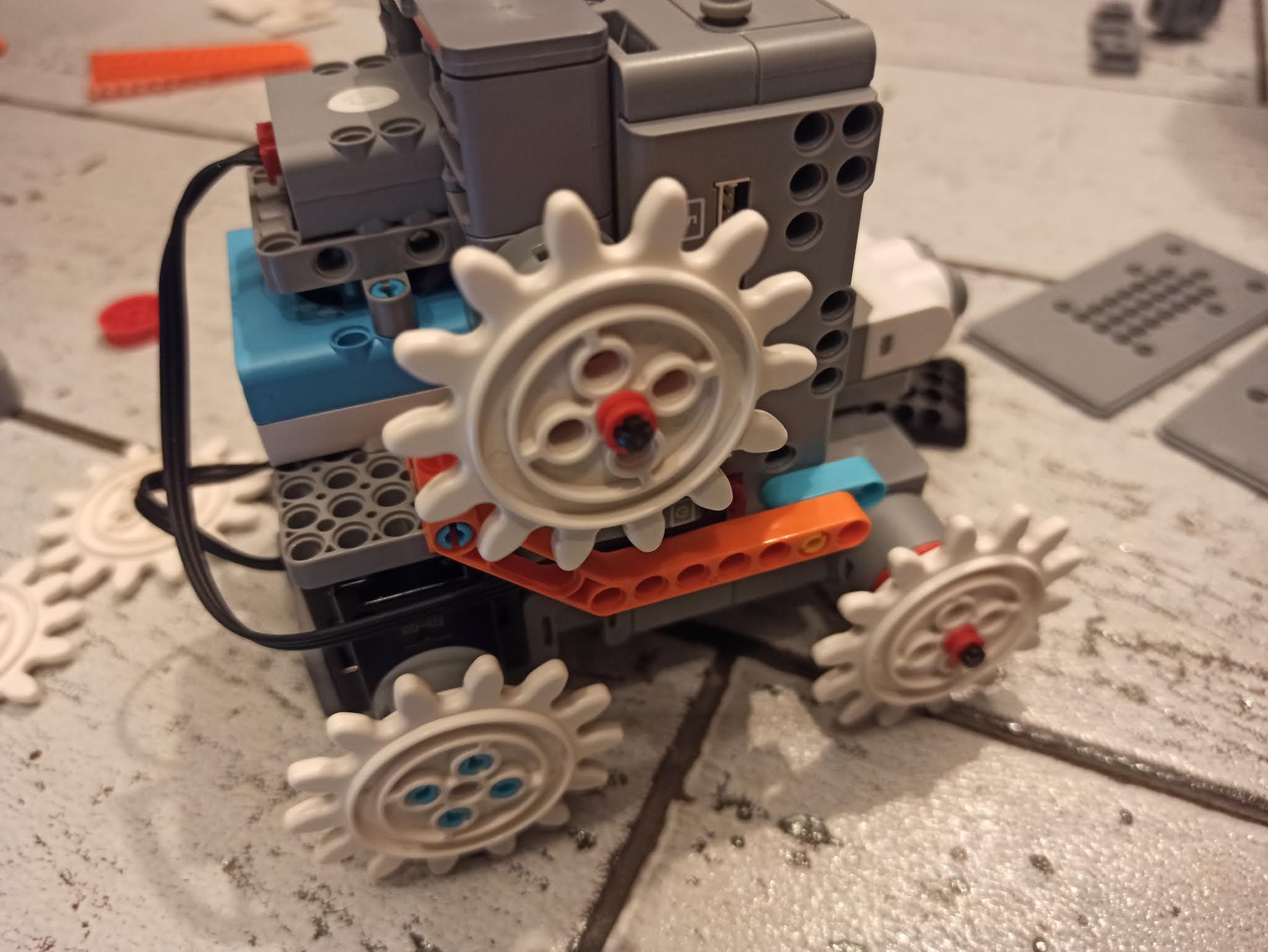 Co potrafi robot jimu