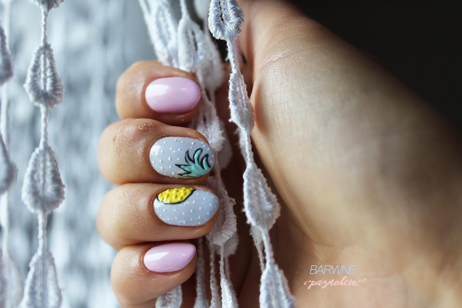 ananasy na paznokciach, owoce na paznokciach, manicure hybrydowy