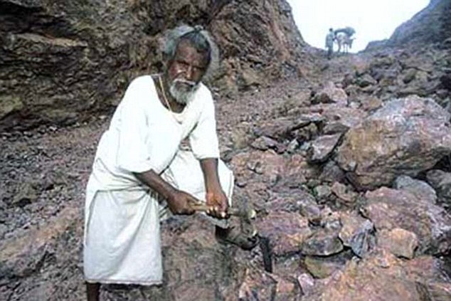This Old Man Spent 22 Years Cutting Down The Trees in The Mountains. The Reason Behind This Will Break Your Heart!