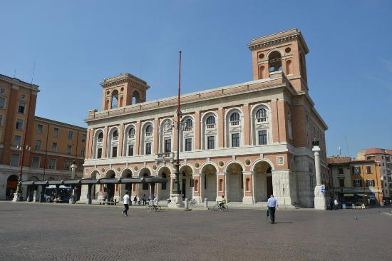 forli_palazzo_delle_poste