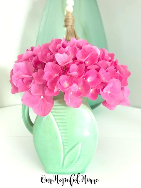 art deco leaf design green Red Wing pottery vase