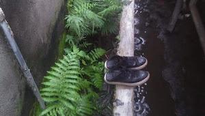 Diduga Sepatu Milik Pelaku Ditemukan di Belakang Rumah Korban