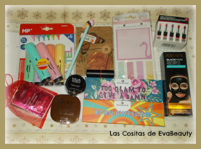 regalos sorteo blogger ganado belleza, maquillaje y papelería