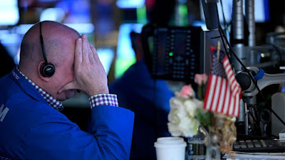 Dow risks longest Friday losing streak in 14 years as coronavirus has Wall Street dreading weekends