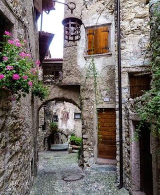 Canale di Tenno - Borgo medievale - Gite e vacanze in Trentino