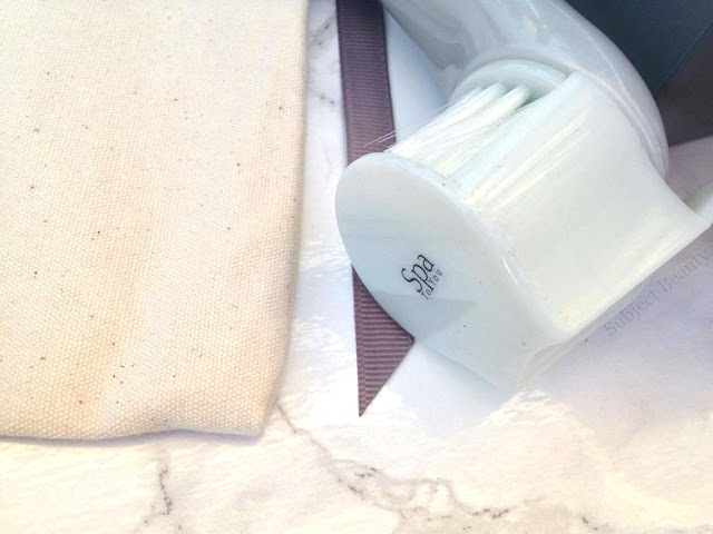 Glossybox August Spa To You Cleansing Face Brush