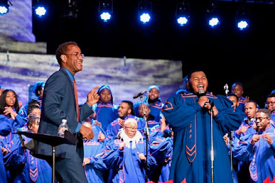 Eric Conway: Morgan Choir sings at 2019 Monument Lighting Ceremony
