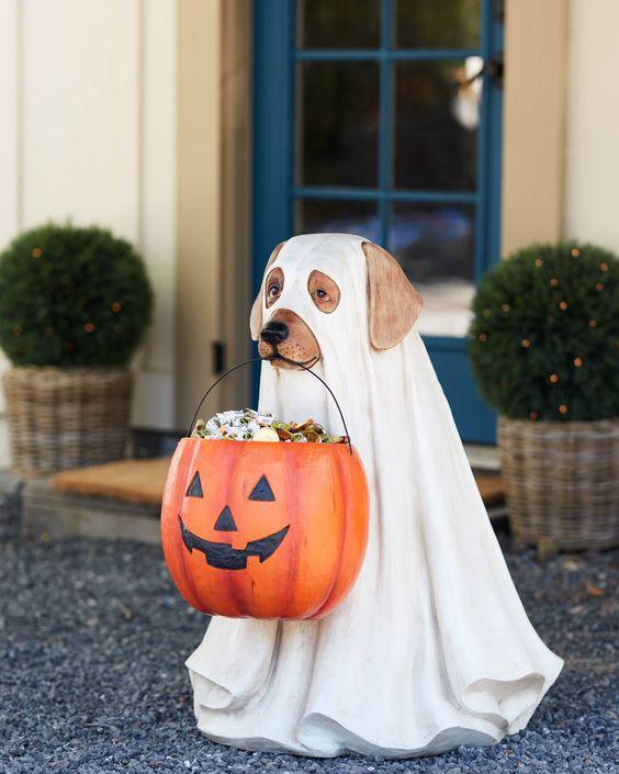 Halloween Thriller Dark Hollows by Steve French