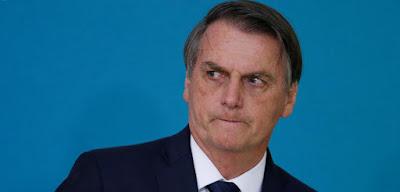 Folha diz em editorial que Bolsonaro é um personagem boçal e infame, que poderá ser derrubado