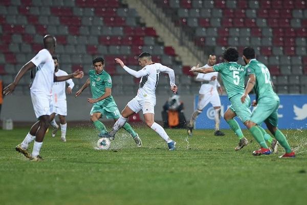 مشاهدة مباراة الشرطة واستقلال طهران