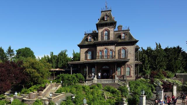 Resultado de imagen de Phantom Manor disneyland PARIS