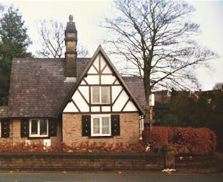 The Gatehouse to Egerton House