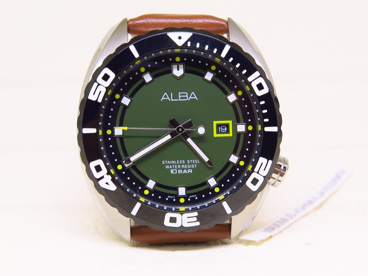 ALBA DIVER GREEN DIAL