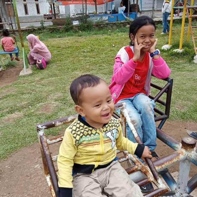 Fasilitas tempat bermain anak di penangkaran rusa kertamanah